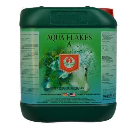 Aqua Flakes A by House & Garden
